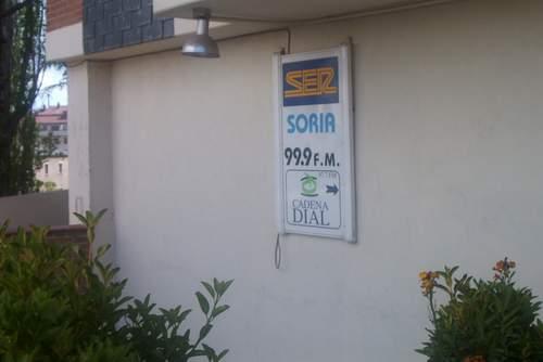 ser_y_cadena_dial_soria_placa