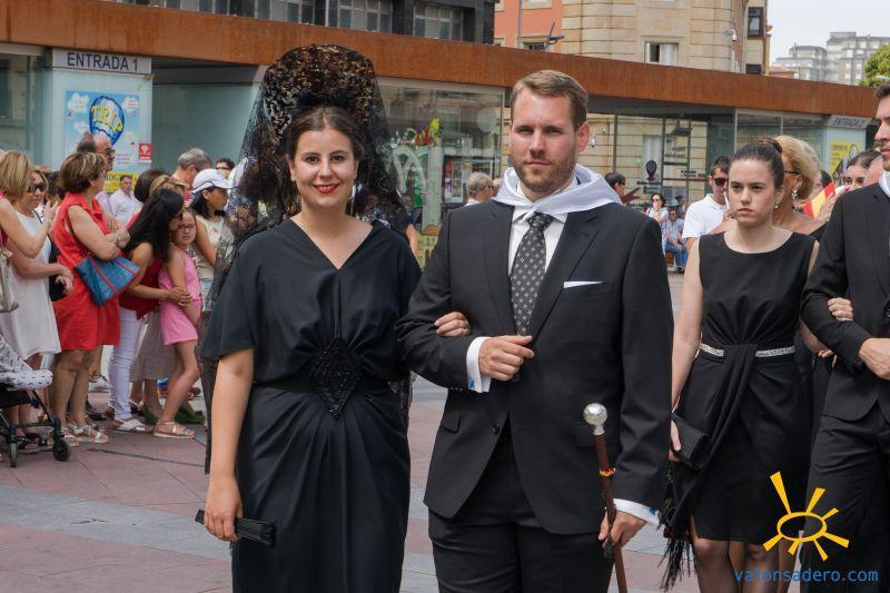 Fotos del desfile de la mañana del Lunes de Bailas.