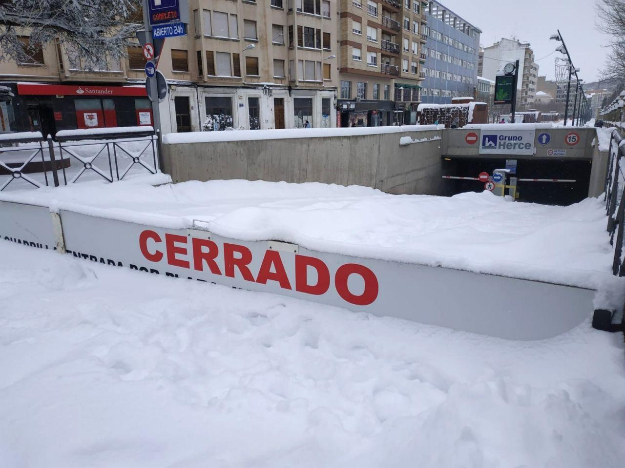 Estampas de la nevada en Soria foto