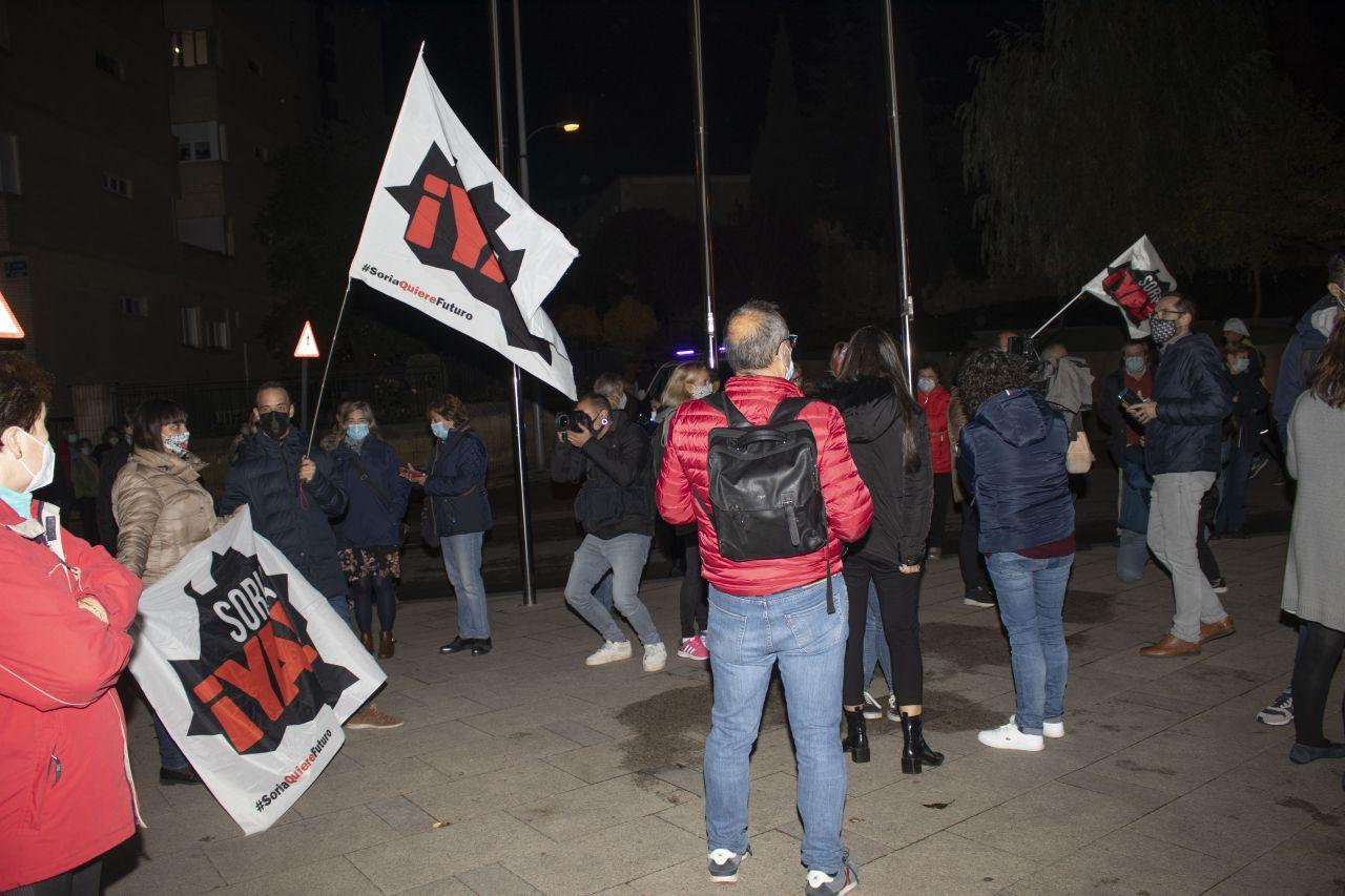 Concentración frente a la Delegación en Soria  21/10/2020 foto