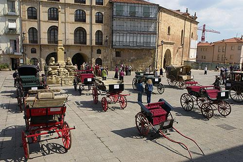 plaza-mayor-soria-cale...