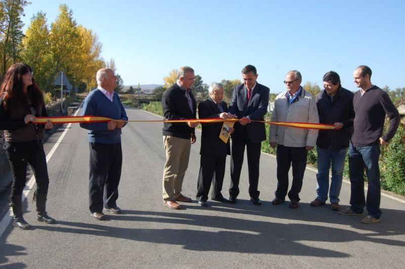 Finalizada la carretera de Soria a Almajano en la que la Diputación ha invertido un millón de euros en la mejora del firme en un total de 14 kilometros