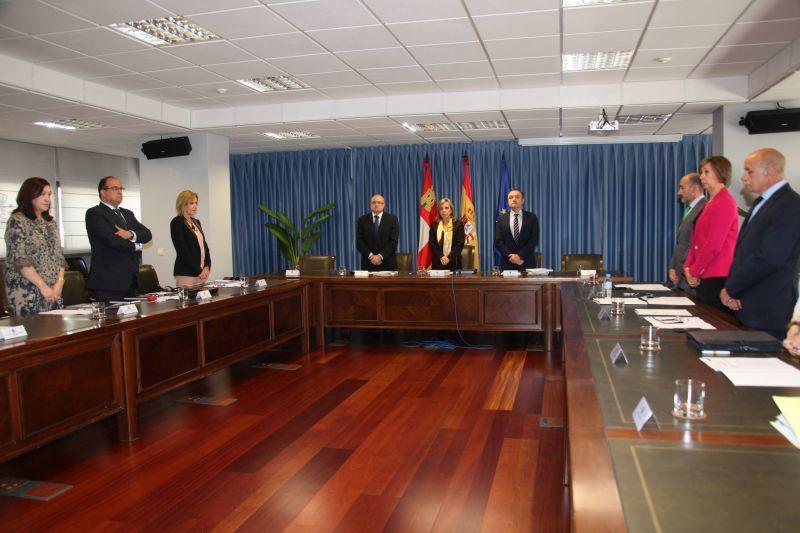 La Comisión de Asistencia al Delegado guarda un minuto de silencio por la última víctima de violencia de género en Castilla y León