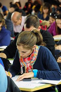 La UNED organiza su primera convocatoria de exámenes del curso 2015-2016