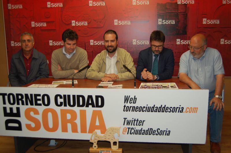 El Torneo Ciudad de Soria reúne a más de 500 participantes con 72 partidos durante tres días